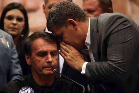 Em reunião, Onyx diz que Bolsonaro manterá Bebianno no cargo