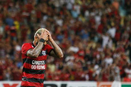 Gabigol durante partida entre Flamengo X Fluminense válida pela semifinal do campeonato Carioca de 2019, Taça Guanabara, no estádio do Maracanã, zona norte da cidade, nesta quinta-feira (14/02)