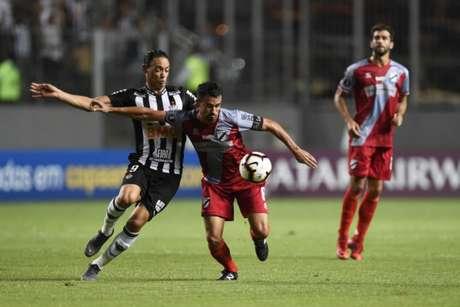 O Galo está a uma fase de conseguir entrar na disputa de grupos da Libertadores- DOUGLAS MAGNO / AFP