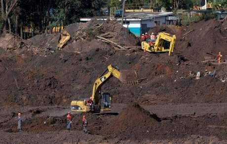 Tipo de barragem a montante, como a que rompeu em Brumadinho, foi proibido em Minas após o desastre de janeiro.