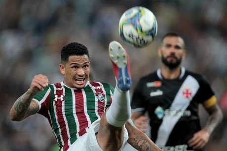 O jogador Luciano do Fluminense, durante partida contra a equipe do Vasco, em jogo válido pela final da Taça Guanabara pelo Campeonato Carioca de 2019, realizado no estádio do Maracanã, Zona Norte do Rio, na tarde deste domingo (17).