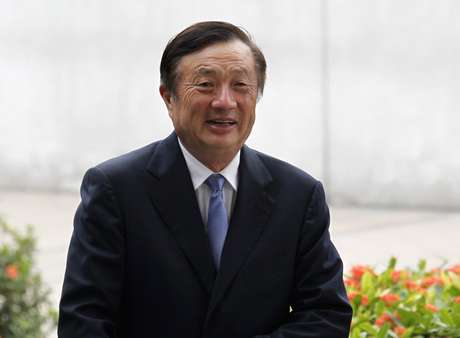 Presidente e fundador da Huawei, Ren Zhengfei. 16/10/2013. REUTERS/Bobby Yip (CHINA - Tags: BUSINESS SCIENCE TECHNOLOGY) -