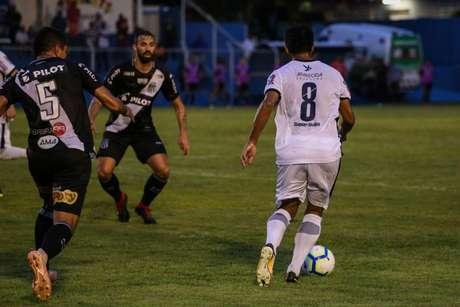 Aparecidense venceu a Ponte Preta por 1 a 0 em duelo na última terça-feira (Foto: Divulgação/Aparecidense)