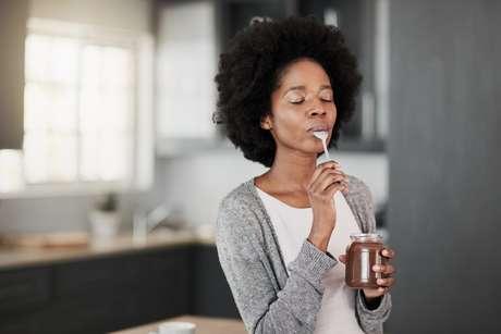 Chocolate 'anti-TPM' promete reduzir os sintomas da Tensão Pré-Menstrual