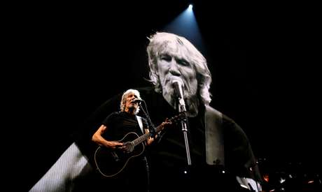 Roger Waters durante show em Los Angeles, na Califórnia. 20/06/2017. REUTERS/Mario Anzuoni.