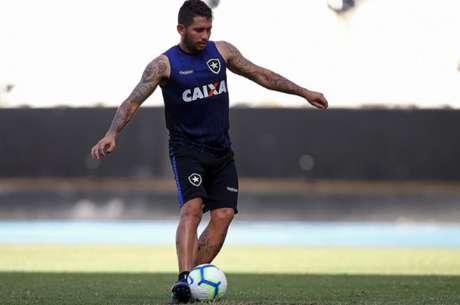 Leandro Carvalho ainda não mostrou todo o seu potencial pelo Botafogo (Foto: Vítor Silva/SSPress/Botafogo)