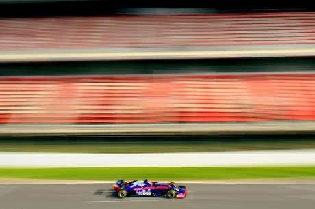 Pré-temporada da F1: Kvyat supera tempo de Raikkonen para liderar a quarta-feira; Williams finalmente na pista em Barcelona