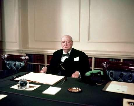 Churchill teve vários mandatos como primeiro-ministro do Reino Unido
