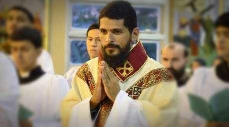 Padre brasileiro Jean Rogers Rodrigo de Sousa expulso pelo Papa