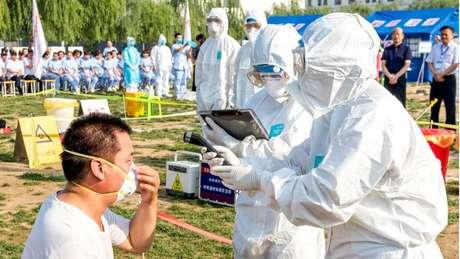 Campanhas de vacinação e outras medidas de prevenção ajudam a reduzir risco de doenças, como a gripe