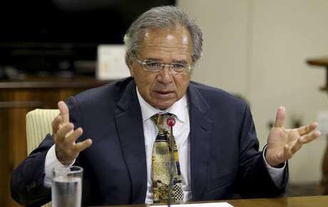Guedes teveencontro com governadores que buscam apoio financeiro.