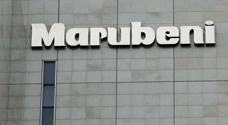 Logo da Marubeni, empresa da qual a Gavilon é subsidiária, em prédio de Tóquio 10/05/2016 REUTERS/Toru Hanai