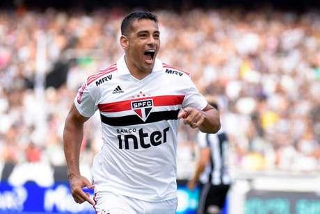 Diego Souza está na mira do Sport (Foto: Thiago Ribeiro/AGIF /Lancepress!)
