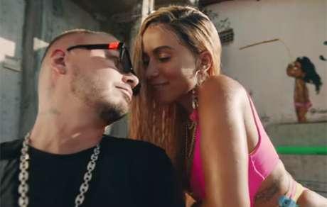 Veja Rebola Bola clipe de Anitta J Balvin e Tropikillaz