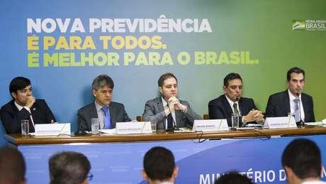 Proposta de reforma foi apresentada em coletiva de imprensa que durou mais de 5 horas