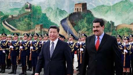 Acredita-se que a Venezuela deva à China cerca de US$ 16 bilhões