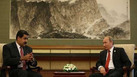 A Rússia tem interesses econômicos e geopolíticos na Venezuela