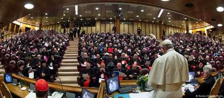 Na cúpula no Vaticano, papa Francisco exige dos bispos medidas concretas contra os abusos sexuais em suas dioceses