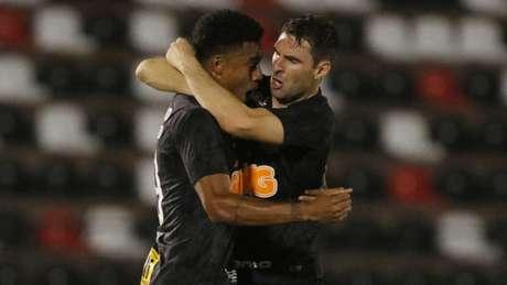 Boselli comemora primeiro gol pelo Corinthians e exalta Gustagol a148b9afa2a13