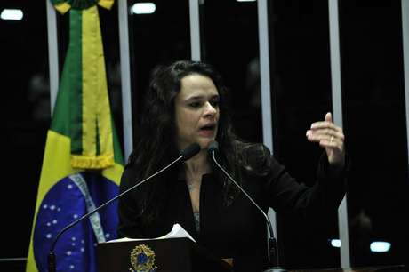 A advogada Janaína Paschoal, hoje deputada estadual em São Paulo