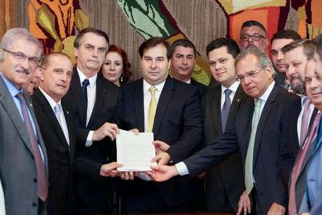 Bolsonaro entrega ao Congresso proposta da reforma da Previdência 20/2/2019 Marcos Correa/Presidência da República/REUTERS