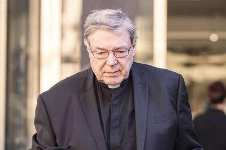 O prefeito da Secretaria de Assuntos Econômicos do Vaticano, cardeal George Pell, foi condenado por pedofilia na Austrália