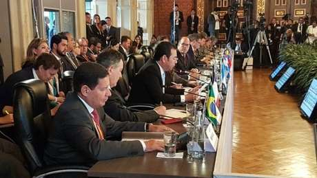 O Grupo de Lima foi criado em 2017, na capital do Peru, reunindo ministros das relações exteriores de 14 países