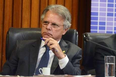 O deputado federal Vanderlei Macris, pai de Cauê