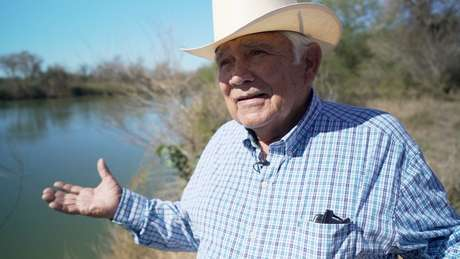 Localização da fazenda de Ruperto Escobar permite testemunhar clima tenso na fronteira entre EUA e México