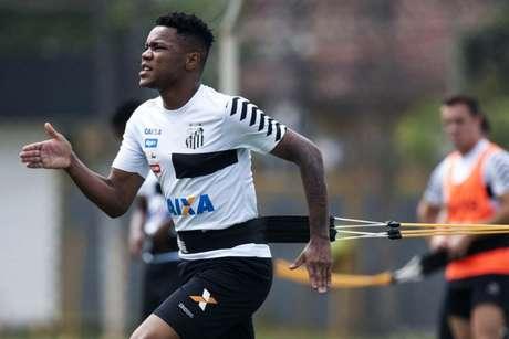 Matheus Jesus teve passagem curta pelo Santos entre 2017 e 2018 (Foto: Ivan Storti/Santos)