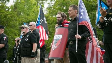 Os supremacistas do grupo diziam que não estar satisfeitos com a direção de Schoep