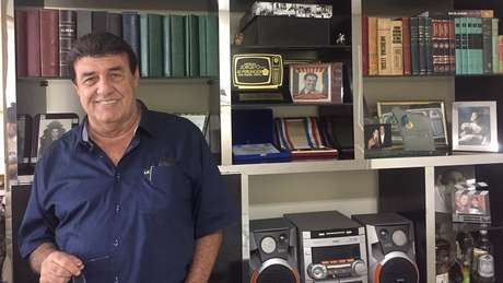 Há 29 anos Jorge Perlingeiro é o locutor oficial da apuração do Carnaval carioca
