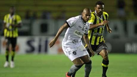 Rickson já atuou em três partidas nessa temporada (Vitor Silva/SSPress/Botafogo)