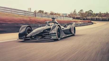 Porsche pela primeira vez na pista com seu carro de Fórmula E