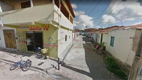 Quase 60% dos moradores do conjunto Santa Fé, que está no bairro do Ancuri, não completaram o ensino fundamental