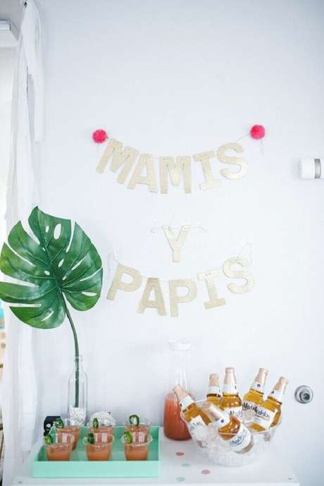 30. Faça um cantinho especial para servir bebidas na festa do bebê – Foto: Neu dekoration stile