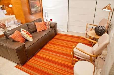 17- As cores de casas podem ser baseadas em tons quentes, como o laranja. Projeto de Rico Mendonça