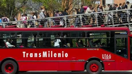 Ônibus Transmilenio seguiu modelo de mobiliade desenvolvido em Curitiba