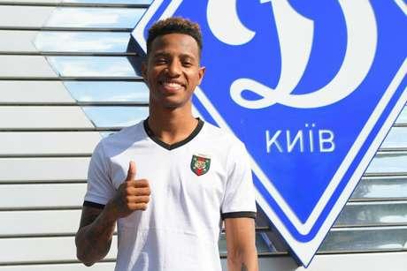 Tchê Tchê foi comprado pelo Dinamo de Kiev em maio de 2018 - FOTO: Divulgação