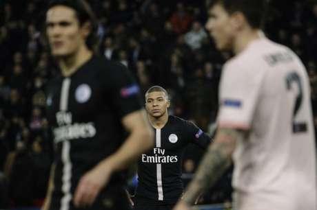 Mbappé não conseguiu mudar o destino do Paris Saint-Germain diante do Manchester United (Foto: AFP)