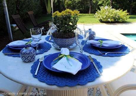 3. O sousplat de crochê é a opção ideal para ambientes externos.