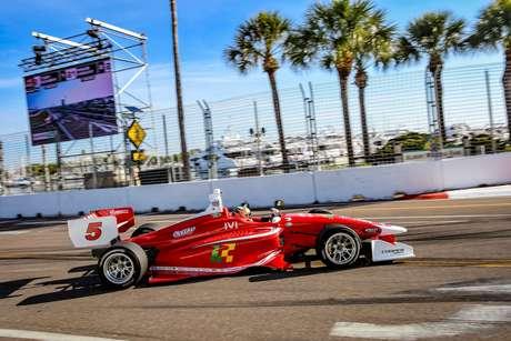 Lucas Kohl estreia na Indy Lights com nono lugar em São Petersburgo