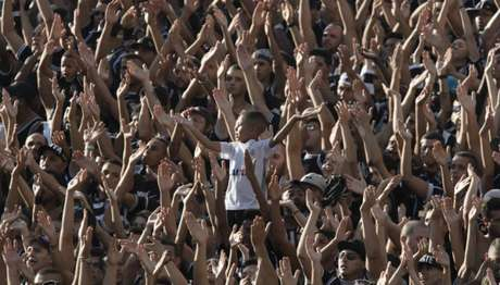 Torcida do Corinthians vai lotar a Arena no clássico deste domingo (Foto: Daniel Augusto Jr)