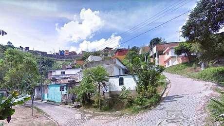 Foto aproximada da Rua Caiçara, local onde houve o desabamento
