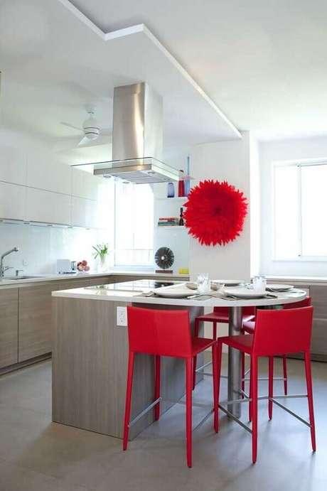 6. Utilize tons de vermelho nos detalhes decorativos de sua cozinha – Foto: Pinterest