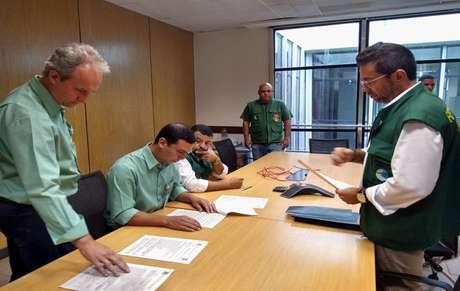 A prefeitura de Mangaratiba (RJ_ interditou a base da Vale na região
