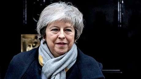 A premiê Theresa May e seu acordo para o Brexit sofreram nova derrota no Parlamento britânico