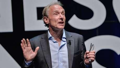 Tim Berners-Lee criou a internet em 1989, dois anos antes do lançamento do primeiro site