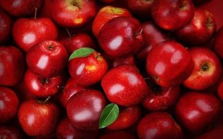 Conheça os benefícios da maçã para o corpo