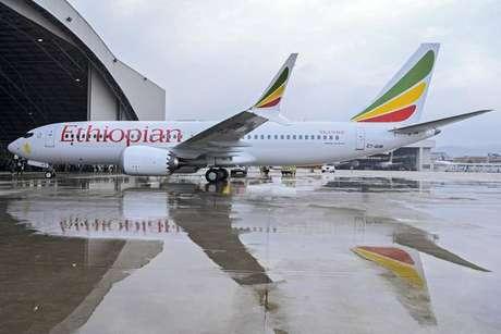 O modelo Boeing 737 MAX 8 se envolveu em dois acidentes desde o fim de outubro